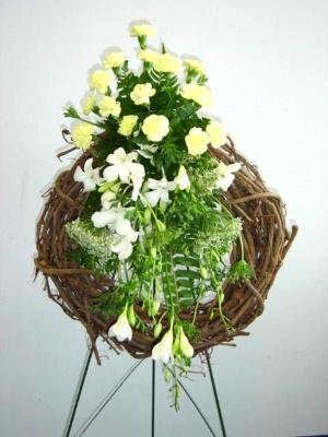 funeral easel mounted wreath