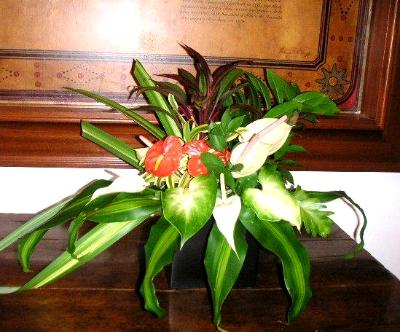 green leaf arrangement, photo credit: Royal Hawaiian Hotel Honolulu