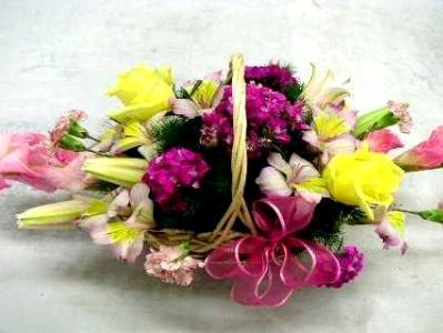 basket flower arrangement