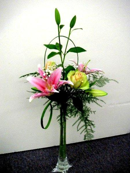 Among our students we sometimes find people who work for making flower decorations at church they belong to. Those who have floral arranging skills can ... & Flower Arrangements for Church Decoration - California Flower Art ...
