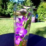 Long cube vase design