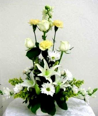 funeral table arrangement