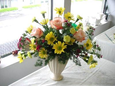 Fresh Flower Arrangement Intermediate Course
